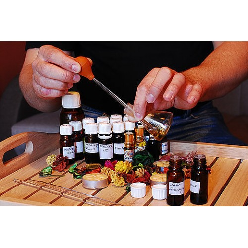 Мастер-класс «Сам себе парфюмер»